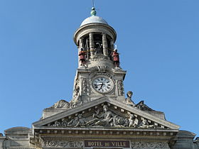 campanile de l'hôtel de ville de Cambrai